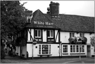 White Hart, one of the oldest pubs in Beaconsfield in 2007 | Butler, Pat