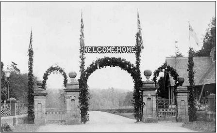 Decorated archway into Wilton Park