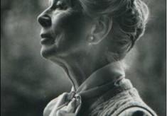 Hiller, Dame Wendy