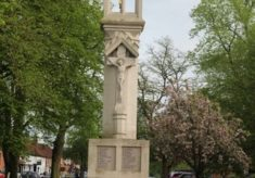 Beaconsfield War Memorial, Windsor End