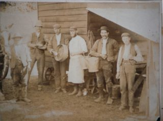 Potato pickers | Beaconsfield & District Historical Society