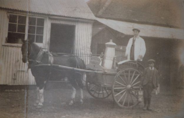 Photograph of milk round at Seeleys Farm