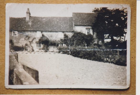 Photograph of Holtspur Top Farm | Leslie, Mrs B