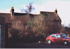 Photograph of Holtspur Top Farm