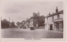 Postcard photograph showing Wycombe End